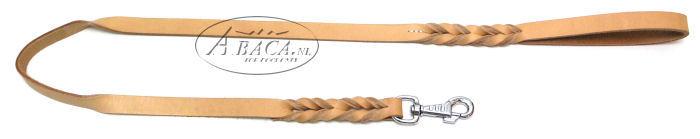 image:lederen lijn ingevlochten bij handvat en musketon